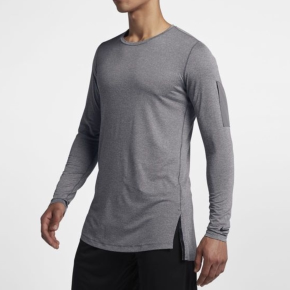 a5bede3c802a9 Nike Men s Grey Utility Long-Sleeve Training Top